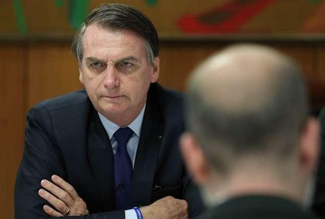 Resultado de imagem para Militares irritados e decepcionados com Bolsonaro