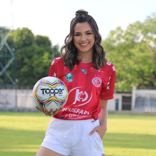 Lorena Vitória está concorrendo o título de Musa do 4 de Julho